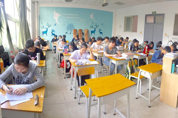 广州传媒艺考培训多芬传媒艺考