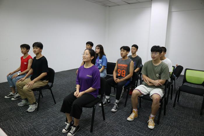 广州多芬播音主持影视表演培训